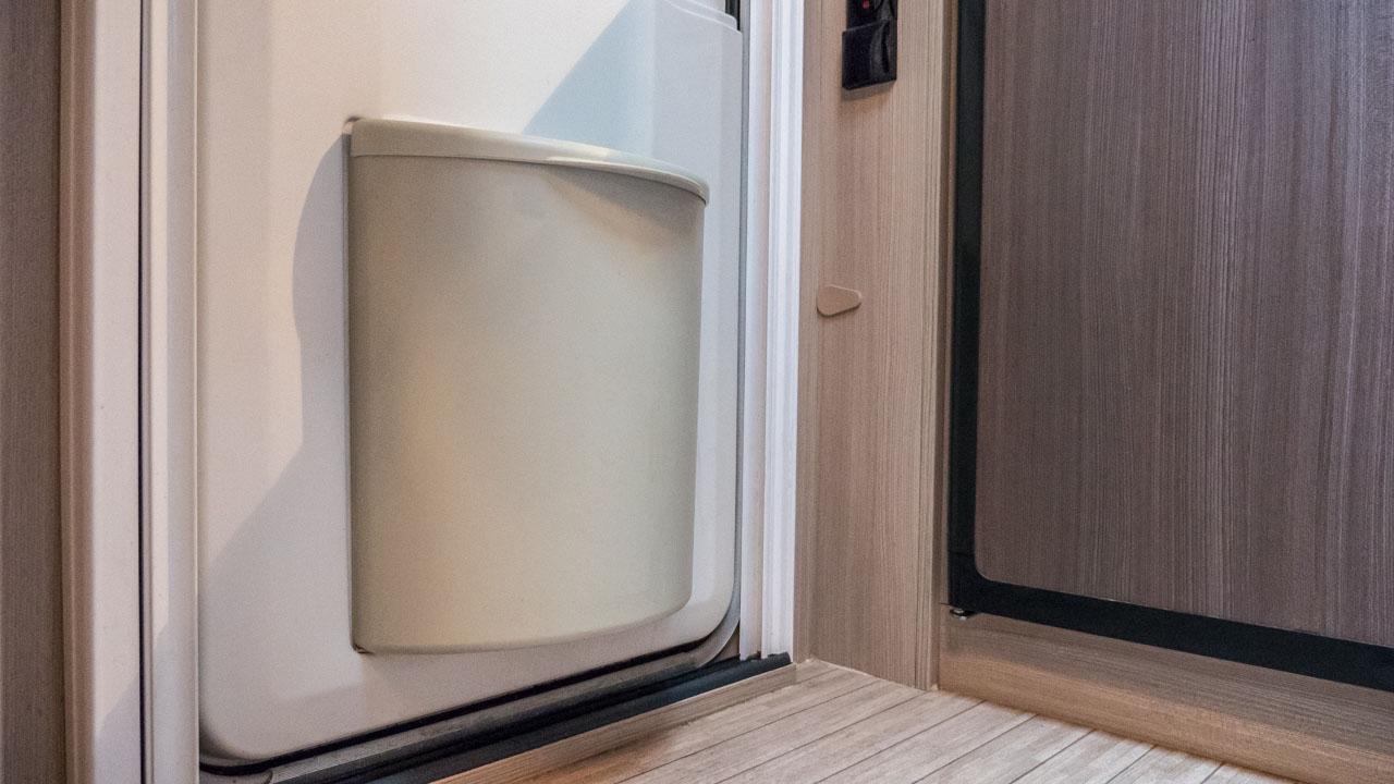 Mülleimer in Wohnmobil und Wohnwagen: Mülltrennung auf kleinstem Raum
